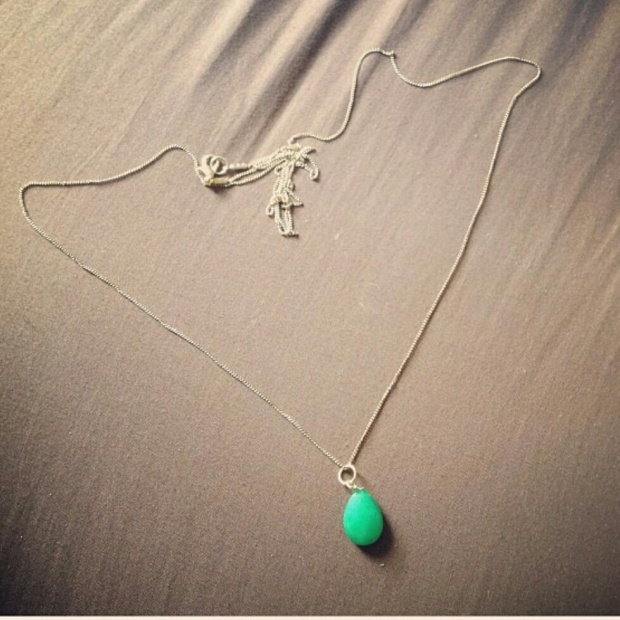 green-pendant-necklace