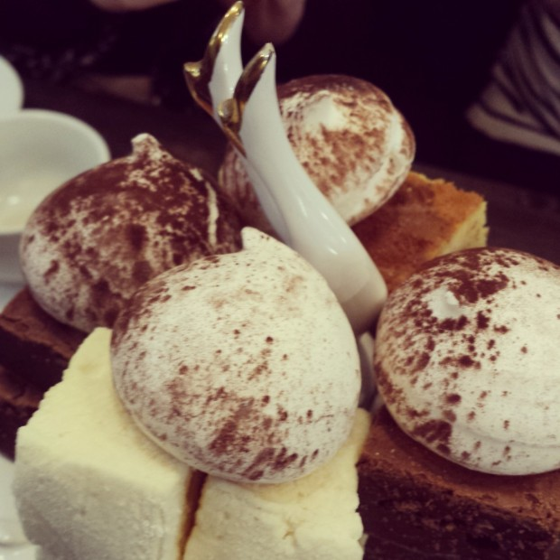 Macaroons, Marshmallows, Brownies Beas Of Bloomsbury