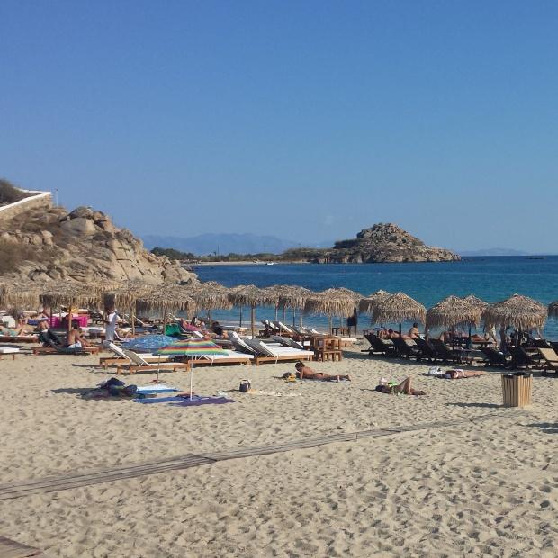 beach-at-platys-gialos