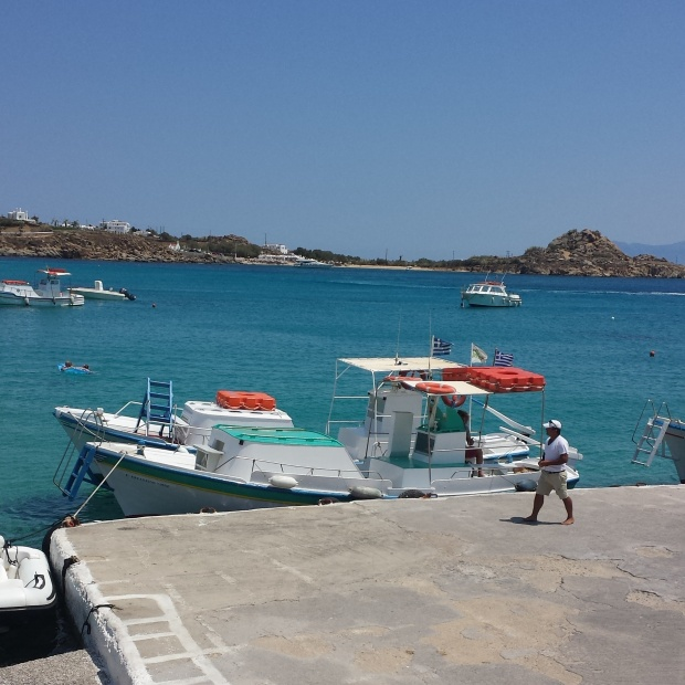 water-taxis-platys-gialos