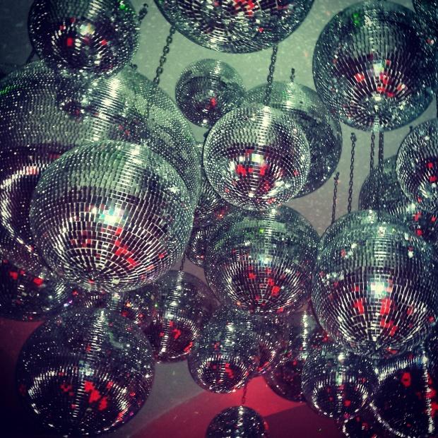 disco-balls-@54-mykonos