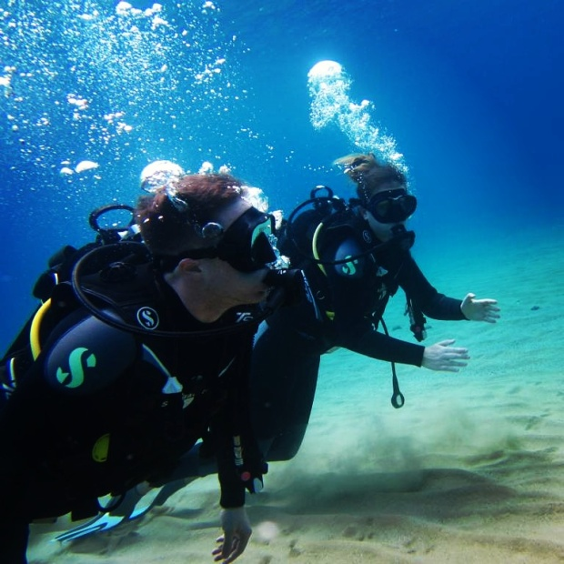 exploring-mykonos-scuba-diving