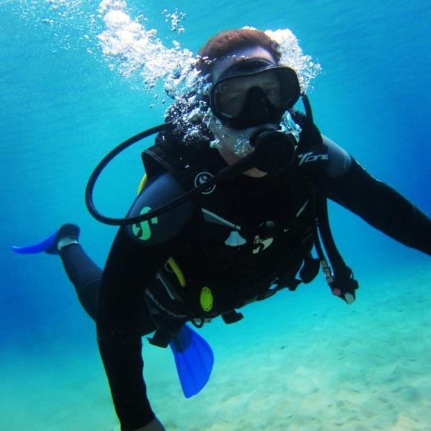 man-scuba-diving