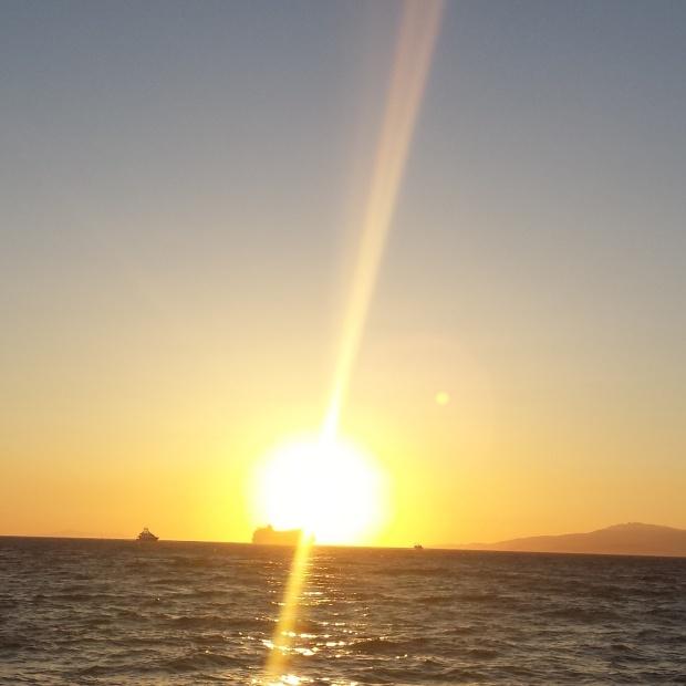setting-of-the-sun-in-mykonos