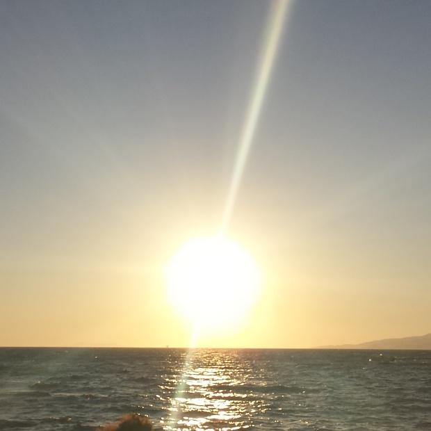 sun-setting-in-mykonos