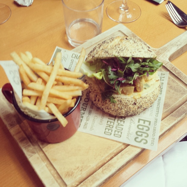 coronatin-chicken-sandwich