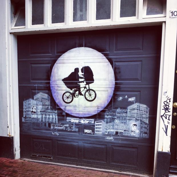 ET-graffitti-amsterdam