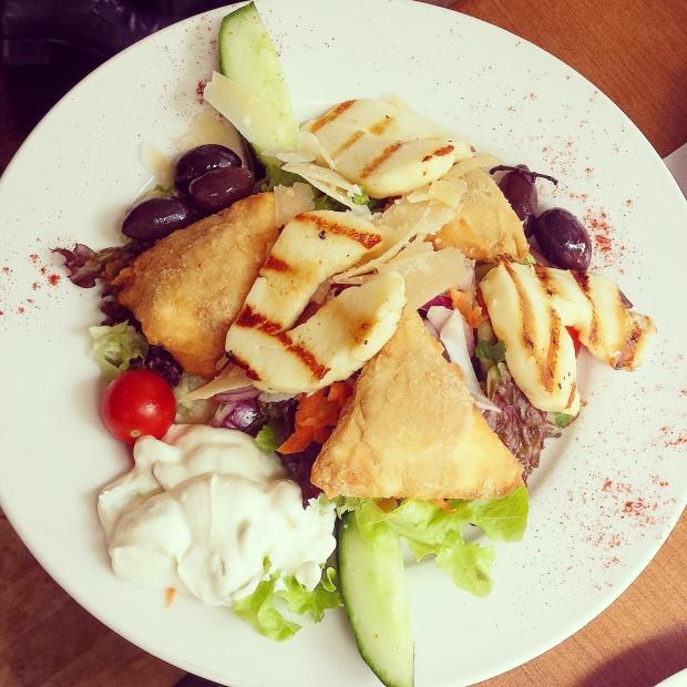 filo-pastry-bites-halloumi-cheese
