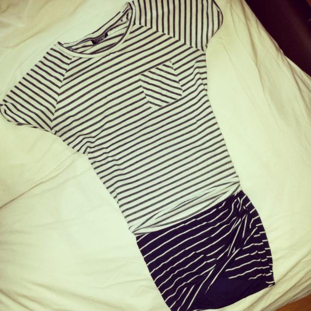 stripy-outfit-topshop-tshirt-zara-skirt