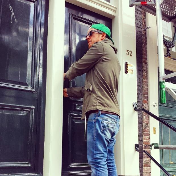 unlocking-door