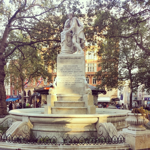 william-shakespeare-statue-leicester-square
