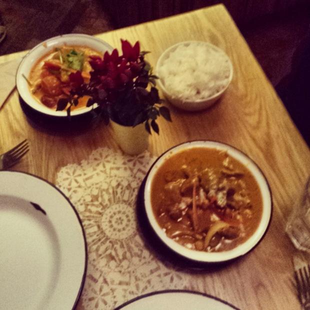 dinner-at-rosas-spitalfields