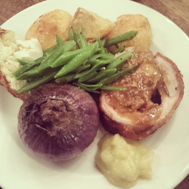roast-dinner-at-foxlow