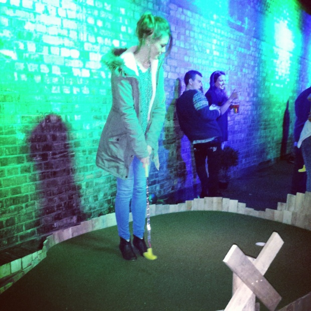 crazy-golf-swingers-shoreditch