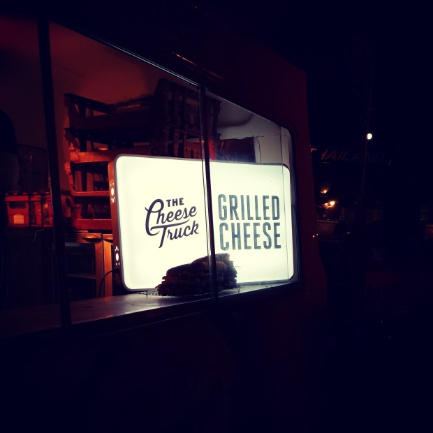 grilled-cheese-sandwiches-the-cheese-truck-london
