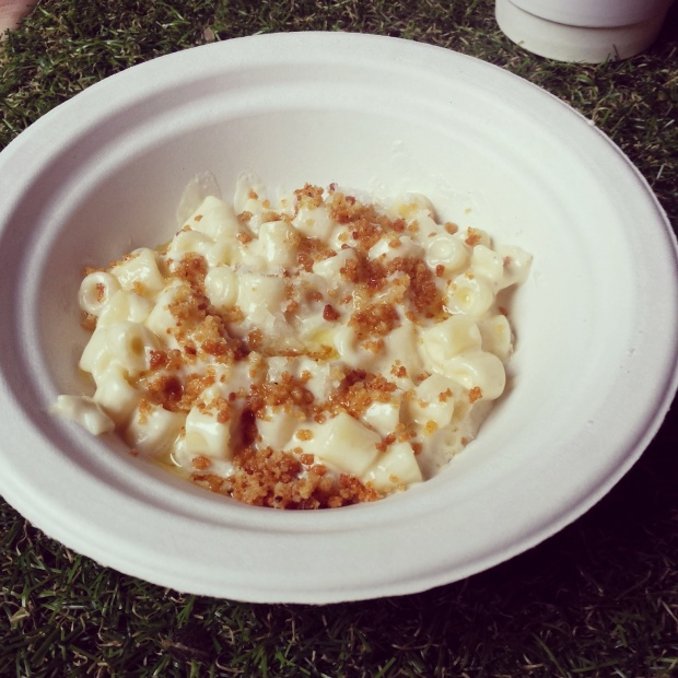 ember-yard-mac-and-cheese
