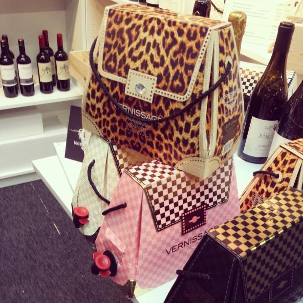 handbag-wine