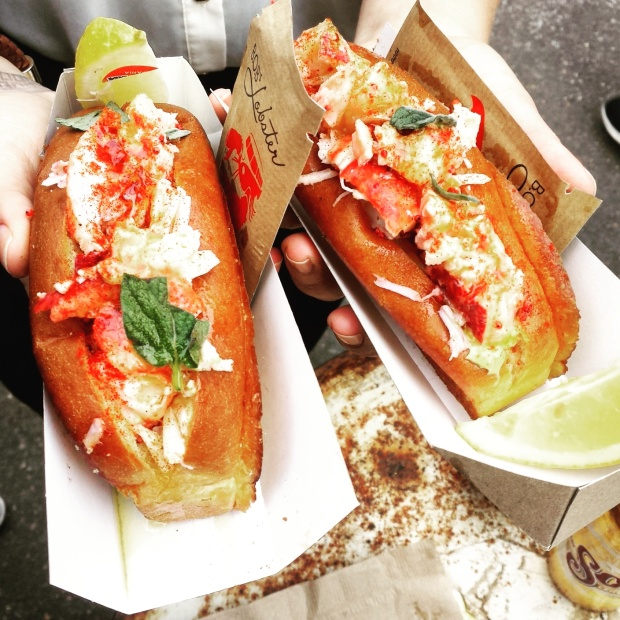lobster-roll-bobs-lobster