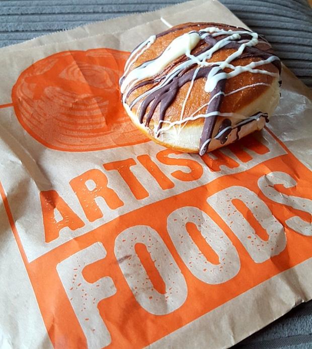 artisan-food-doughnut