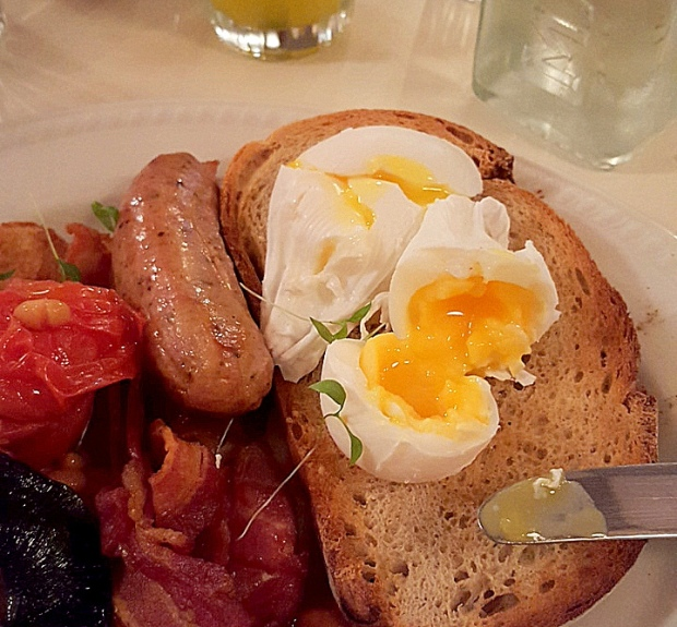 market-cafe-fry-up-full-english (1)