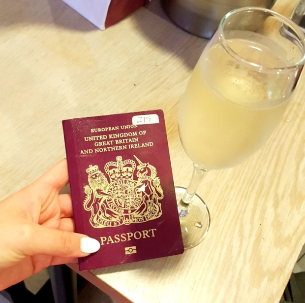 passport-champagne-at-the-airport