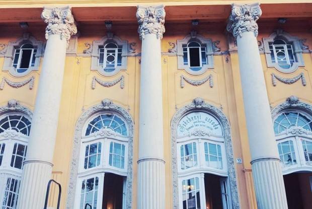 szechenyi-bath-house-budapest