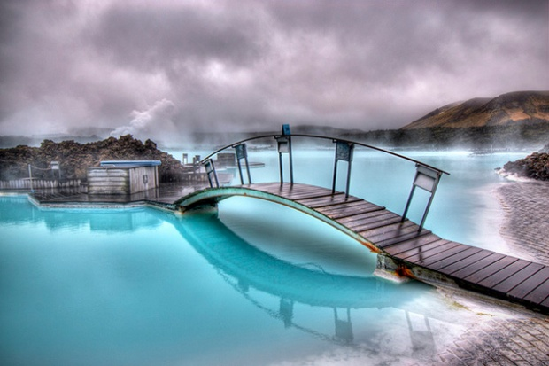 Blue-Lagoon-Geothermal-Spa-in-Iceland-3