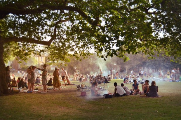 london_fields_east_london_barbecue_broadway_market.jpg